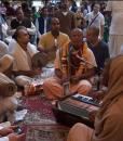 agnidev-prabhu-kirtan-krishna-balaram-mandir