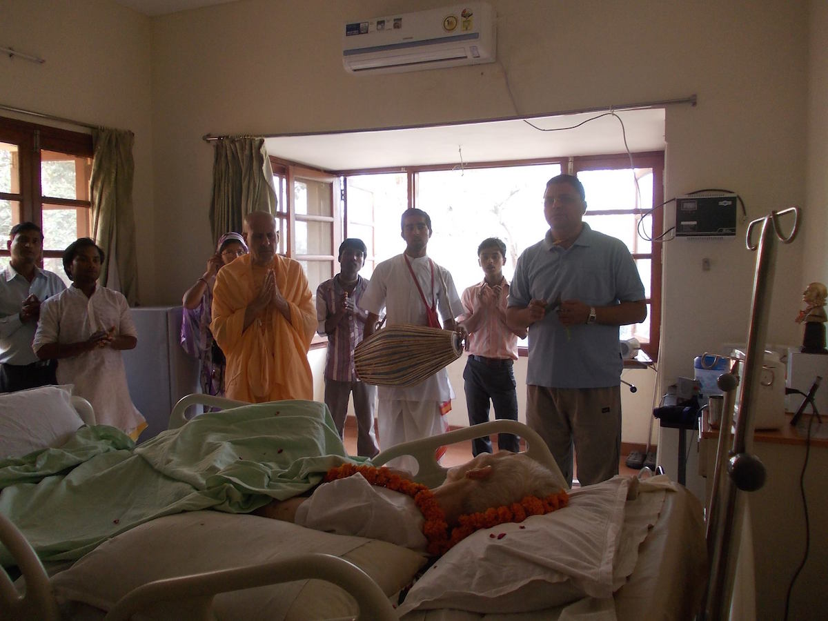 Radhanath Swami at Bhaktivedanta Hospice