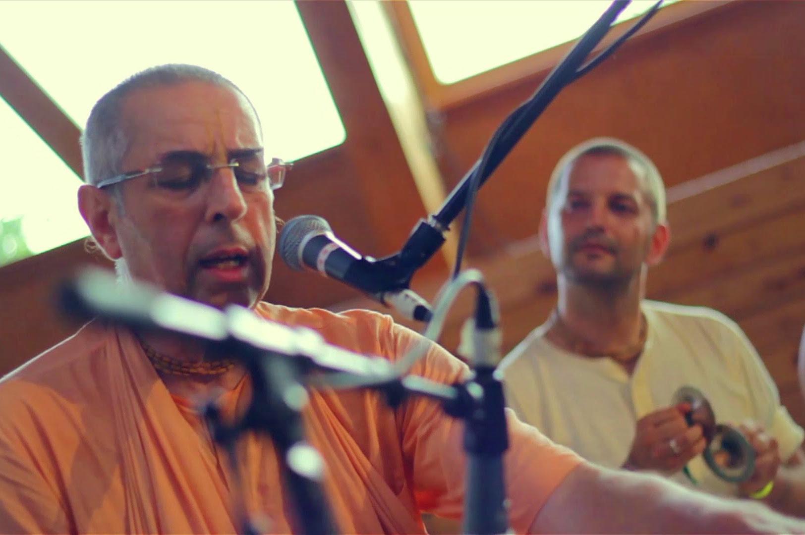 Niranjana Swami Kirtan